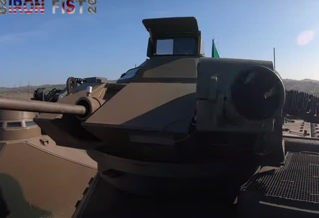 陸自,水陸機動団,米海兵隊,IRONFIST2020,上陸作戦,共同訓練,AAV7,戦車戦,戦車,装甲車,AFV,防衛,乗り物,