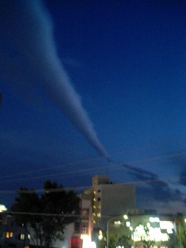地震 雲 今日