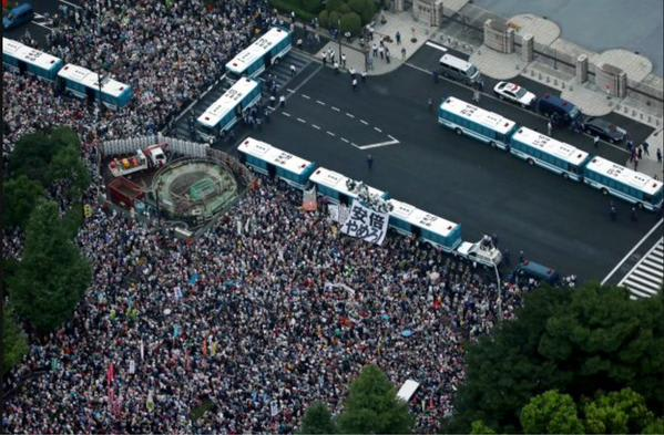 8月30日、国会前デモ - のんきに...