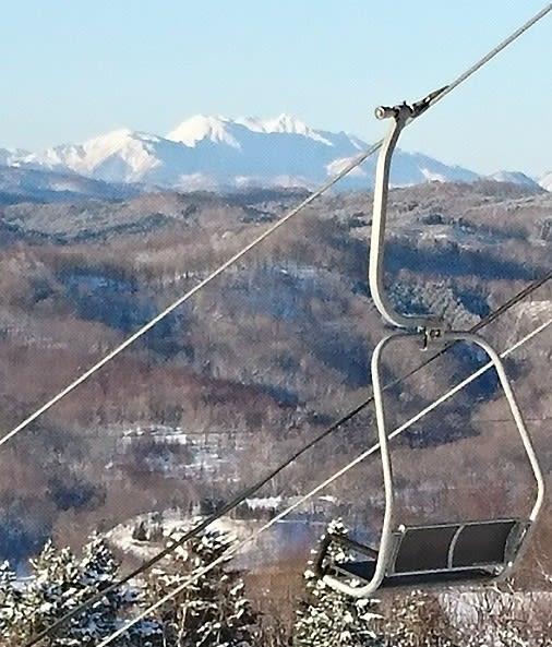 遠くの山並みがくっきりと(日高国際スキー場) - エゾリス ...