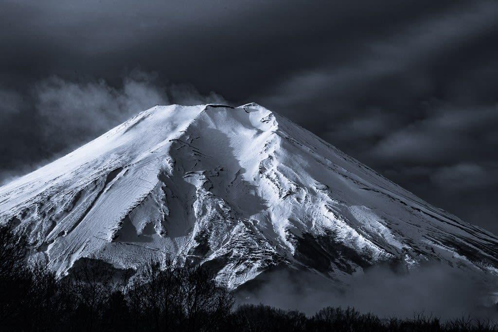 富士山のダブルトーン写真