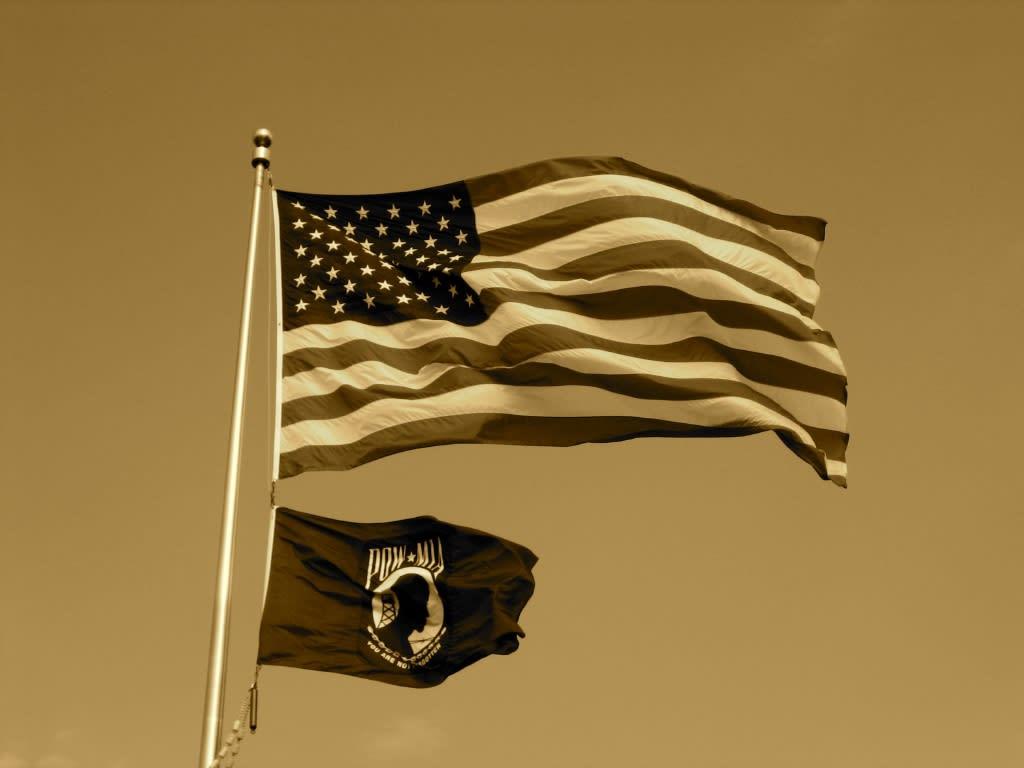 ワシントン壁紙 翻るアメリカ国旗 モバイル 日々雑感