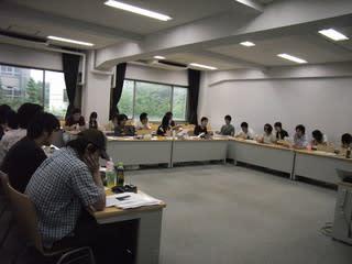 写真:2007年7月9日ゼミ後半の授業風景