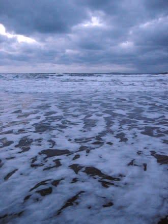 2011年元日の海辺