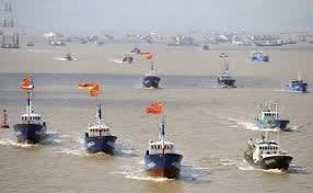 尖閣に中国大船団,尖閣方面,中国漁船100隻操業,漁師,日本領海内,釣り船,海,漁業,水産資源,