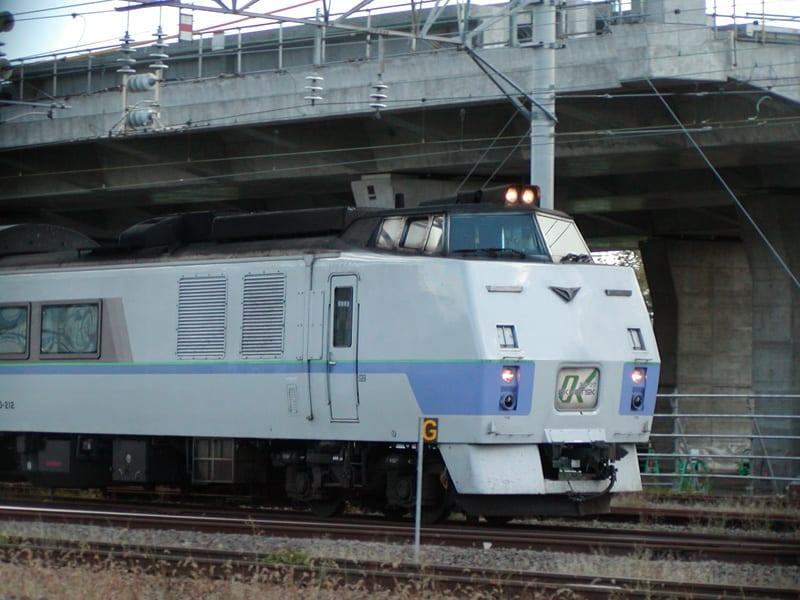 網走から来たオホーツクも、ライラックに遅れること数分で札幌まで足を伸ばします。長旅ご苦労様です。