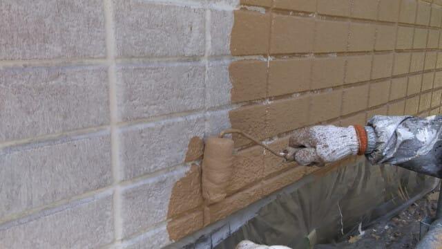 外壁塗装仕上げ1回目の写真