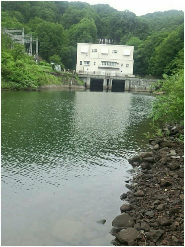 秋元 湖 バス 釣り