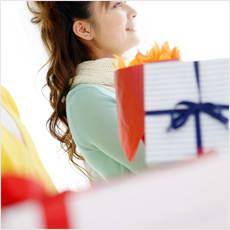 「女性がホワイトデーに貰って嬉しいプレゼン」の質問画像