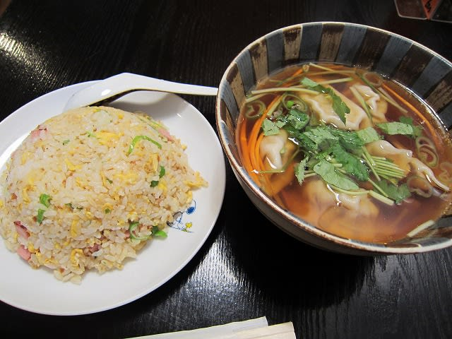 チャーハン+スープ餃子