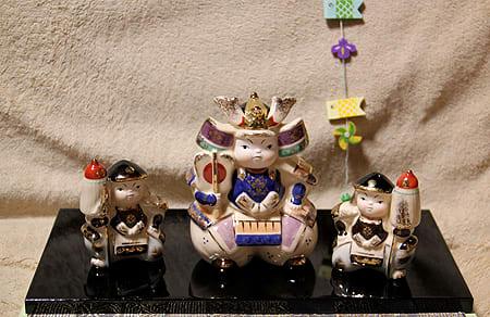 人形 五 誰が 買う 月