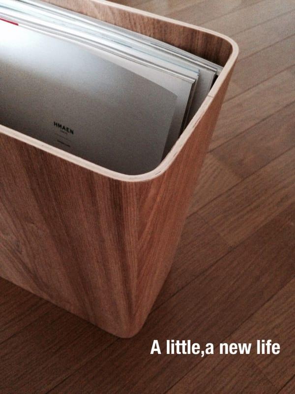 (無印良品・タモ材長方形ゴミ箱を使用。)