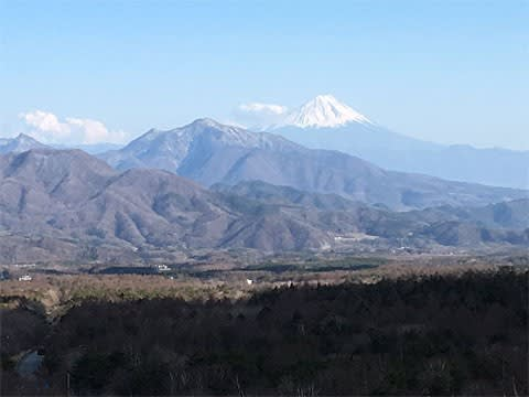 美し森から見た富士山