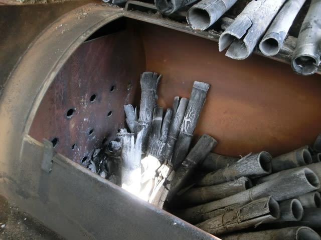炭窯の中(入り口側)