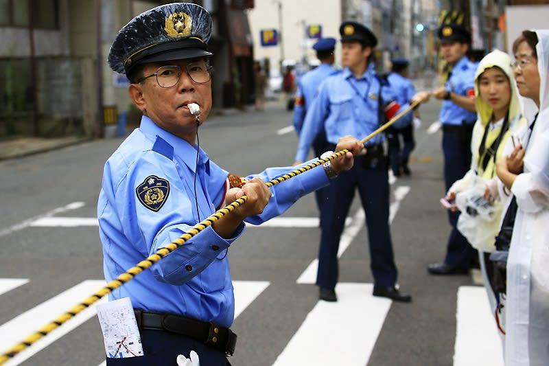 交通整理の警察官 うさぎさんのブログ