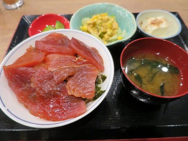 日替わり定食(漬け丼)