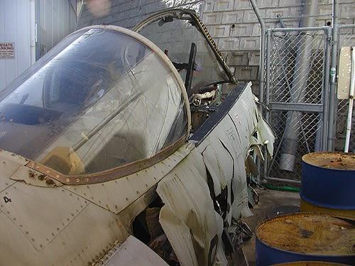 F15j018