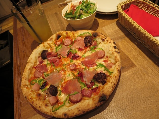ピザ・ポルチェリーノ+サラダドリンクセット