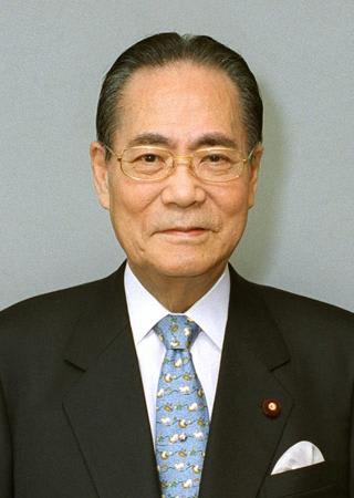 第1次海部内閣の山下徳夫内閣官房長官は、在職期間16日間で辞任 ...