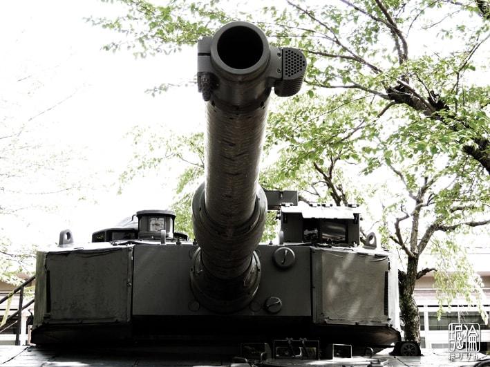10式戦車120mm戦車砲の貫徹力は5...