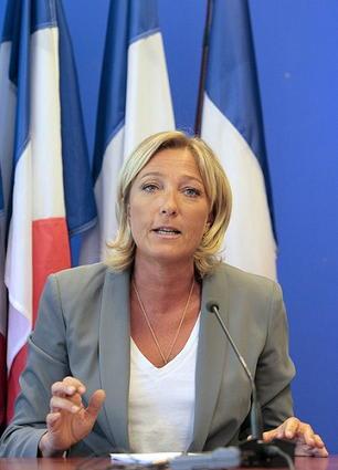 フランス 極右政党・国民戦線新...