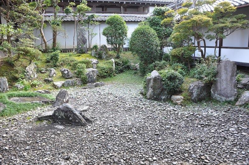 願行寺の庭園2