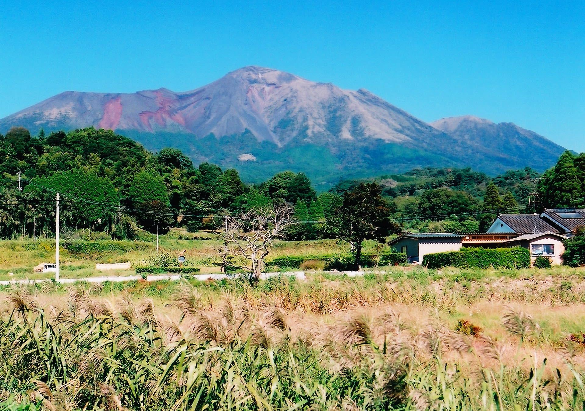 南九州の旅 2002年10月 その2 霧島山 - 風景写真春秋
