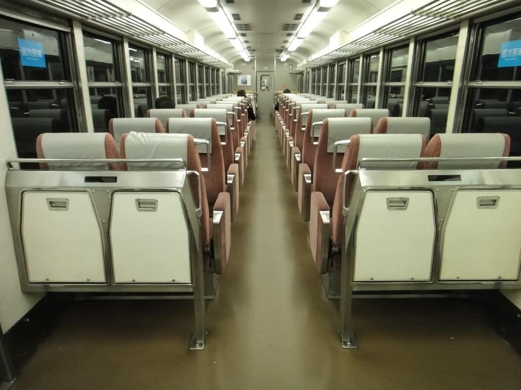 京阪旧3000系特急車「クラッシックタイプ」車内