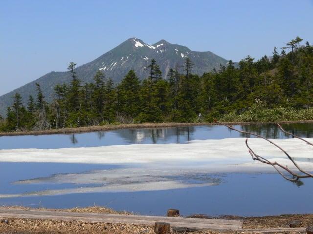 春の富士見田代と燧ケ岳