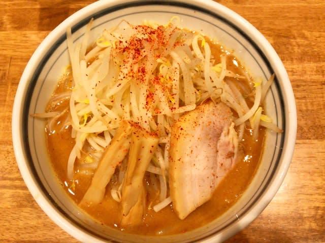 館山に濃厚豚骨魚介を流行らせた先駆者が、今年再び凱旋リニューアルオープン、限定の味噌ラーメンを!ラーメンサンガ