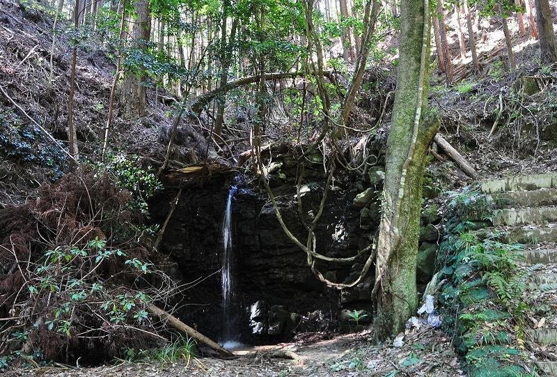 誓多林不動の滝