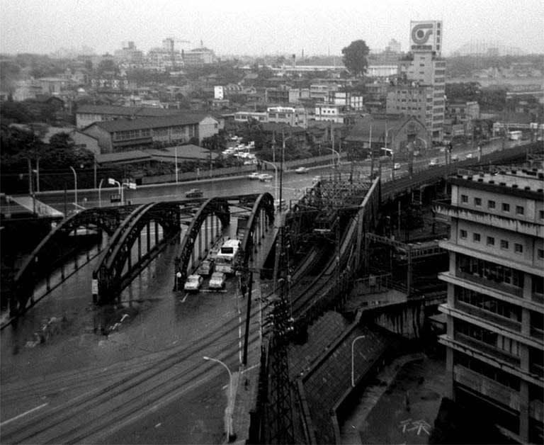 八ツ山橋 - 都市徘徊blog