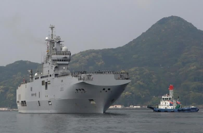 仏海軍 強襲揚陸艦ミストラルが...