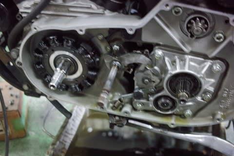 XL1200Sの充電系修理とハガーの仕上げ