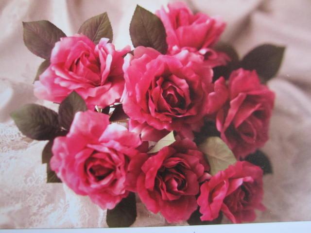 ♪今日はコサージュ気分♪アートフラワーのコサージュ、ブライダルブーケを制作。いつまでも花作り人でいたいHANAOBU