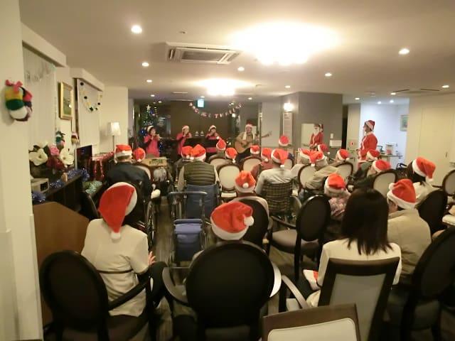 クリスマス会で演奏