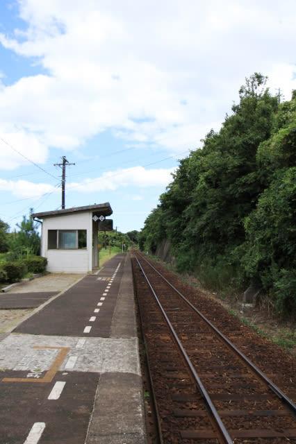 木造駅舎を訪ねて ~飯浦駅(島...
