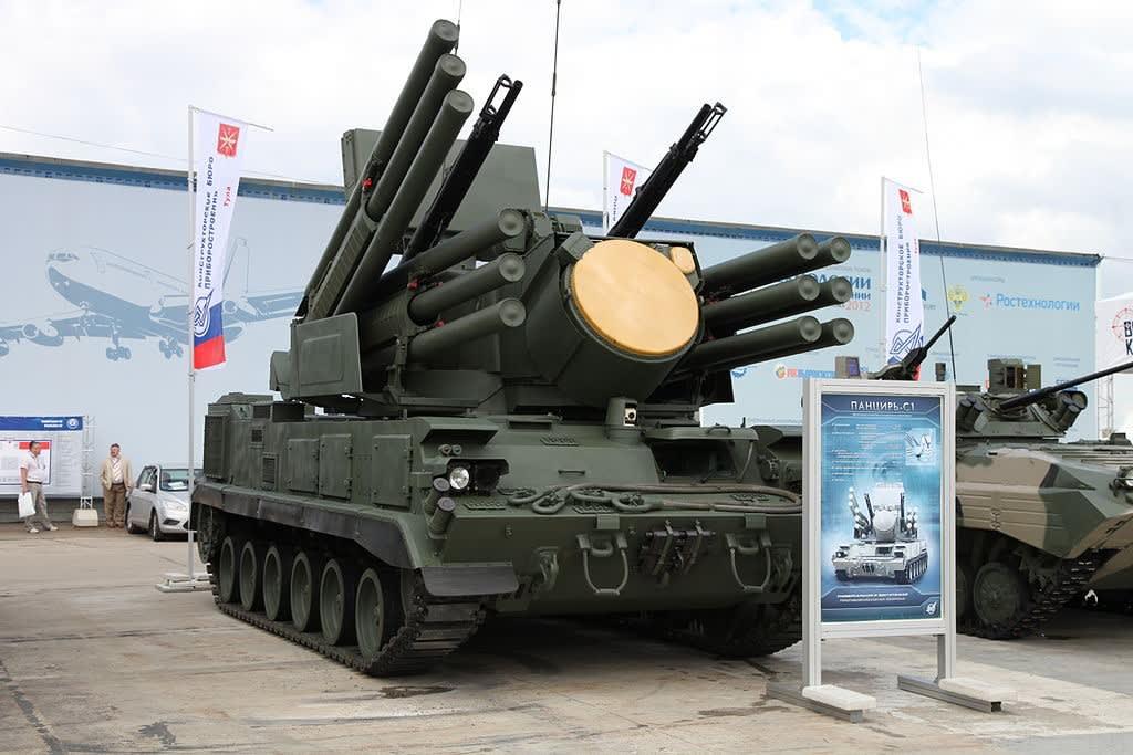 ロシア シリア防空システムをア...