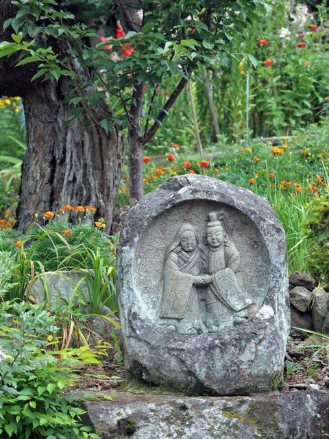 野倉の夫婦道祖神