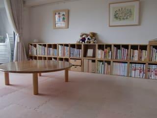しかし、読書量の多いので、背もたれのある椅子がほしくてたまりません。