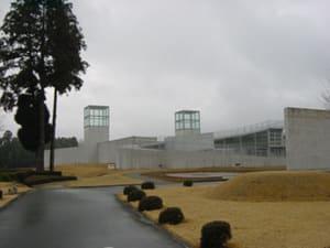 Foresut_of_tombs_museum_kumamoto_01
