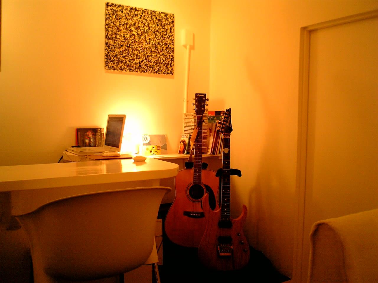 私はギター弾けません