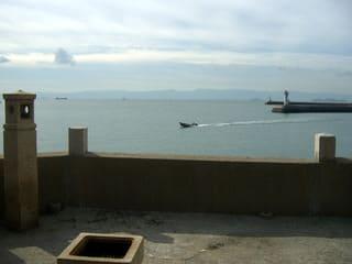 稲荷神社から瀬戸内海を望む