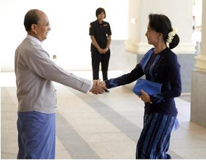 ミャンマー 主要政党トップや国...