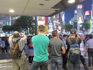 渋谷スクランブル交差点・・・外...