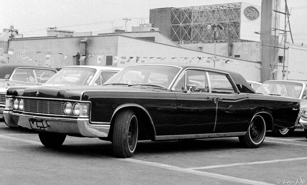 Lincoln Continental 1968 -01 6...