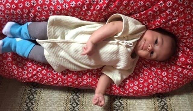 寝 いつから うつ伏せ 赤ちゃんのうつぶせの練習はいつから?やり方は?