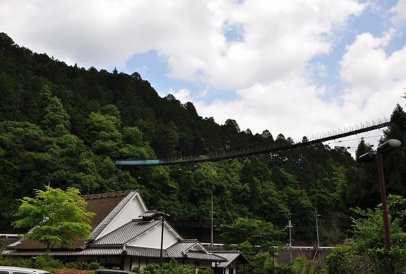 黒滝吊橋と庄屋の家