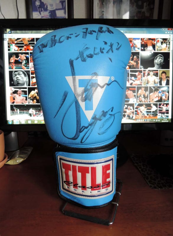 Autograph_of_the_champion