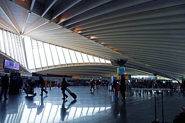 2015 バスク・バルセロナ紀行-31~ビルバオ空港 - 時には、旅の日常